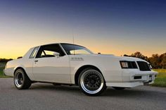 Sweet Grand National Gnx, 1987 Buick Grand National, General Motors Cars, Buick Skylark, Gm Car, Buick Regal, Oldsmobile Cutlass, American Muscle Cars, Hot Cars