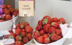 @GODIVA Chocolates UK #RegentStreet #ArtoftheStrawberry