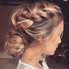 """Mi piace"": 6,534, commenti: 67 - Pnina Tornai (@pninatornai) su Instagram: ""This boho braided updo is perfect for a spring or summer wedding! Comment below if you love this…"" #ad"