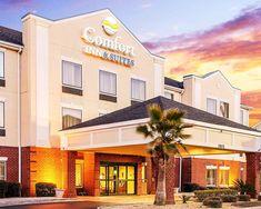 Comfort Inn And Suites Statesboro In 2020 Hotel Exterior Comfort Inn And Suites Statesboro