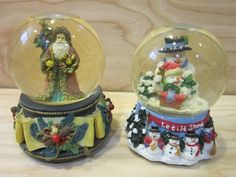 Set of Two Christmas Musical Snow Globes by San Francisco Music Box Company * Frosty the Snowman and Santa Claus by RainbowConnection15 on Etsy