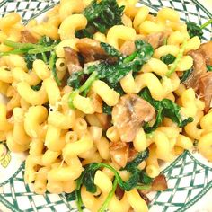 Up close and personal. This took me 10 minutes to make and it was heavenly!! Cavatappi with mushrooms, spinach, garlic, olive oil, touch butter and pecorino for a nutty kick. Sauté mushrooms until caramelized in olive oil, stir in garlic, then add the cooked pasta along with about 1/3 cup of the starchy water, fresh spinach and butter, cover and cook 2 minutes on high. Stir in the butter and cheese and voila! And of course salt but omitted pepper.  #homecooking #notastyledphoto #whocares…