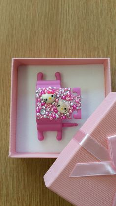Pink Phone Buddy with Hello Kitty, flowers and gems. Why not create your own www.phone-buddy.co.uk Create Your Own, Create Yourself, Phone Stand, Hello Kitty, Gems, Frame, Flowers, Pink, Home Decor