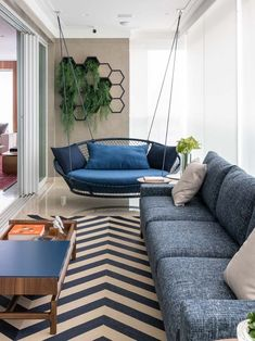 20 tips will help you improve the environment in your bedroom (Read more. Apartment Balconies, Balcony, Sweet Home, New Homes, House Design, Living Room, Interior Design, Outdoor Decor, Furniture