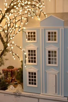 Looking at this and thinking I need a Shabby Chic Dollhouse Pastel Room, Pastel Blue, Cute Cottage, Shabby Chic Homes, Play Houses, Country Style, Sweet Home, Mansions, House Styles