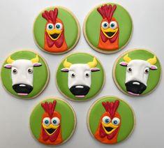 Cookies Granja de Zenón con los personajes favoritos de Benjamin! . . . . . . #pastry #royalicing #cookies #bestcookiesever… Farm Animal Birthday, Farm Birthday, Birthday Parties, Farm Cookies, Cupcake Mix, Best Cookies Ever, Cowboy Party, Farm Party, First Birthdays