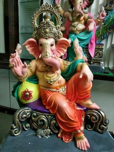 Chandra, who is also known as Soma and Indu, is the basis of Somvaar, Shri Ganesh Images, Ganesh Chaturthi Images, Ganesha Pictures, Happy Ganesh Chaturthi, Jai Ganesh, Ganesh Lord, Ganesh Idol, Shree Ganesh, Ganesha Drawing