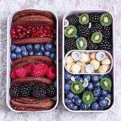29 Healthy Vegan Bento Box Ideas and Recipes for Lunch – 29 gesunde vegane Bento Box Ideen und Rezepte zum Mittagessen – Clean Eating Snacks, Healthy Snacks, Healthy Eating, Healthy Recipes, Vegan Meal Prep, Lunch Meal Prep, Lunch Recipes, Gourmet Recipes, Chocolate Pancakes
