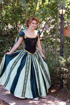 Frozen Anna's Coronation Cosplay Dress by glimmerwood on deviantART Disney Princess Cosplay, Disney Princess Dresses, Disney Cosplay, Disney Costumes, Disney Dresses, Princess Anna, Princess Gowns, Movie Costumes, Disney Princesses