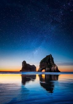 The Sky Above II - Landscape Photography - Leah Kennedy Photography - New Zealand - Wharariki Beach Oh The Places You'll Go, Places To Travel, Places To Visit, Beautiful World, Beautiful Places, Nature Photography, Travel Photography, Landscape Photography, To Infinity And Beyond