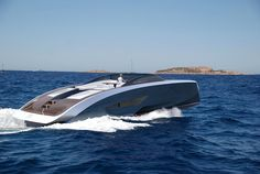 Bugatti and Palmer Johnson unveiled a new series of open carbon fiber luxury yachts. Sports car maker Bugatti and yacht builder Palmer Johnson collaborated to… Yacht Design, Boat Design, Sport Yacht, Yacht Boat, Super Yachts, Speed Boats, Power Boats, Super Sport, Palmer Johnson Yachts
