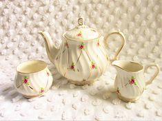 Vintage Ditsy Rose Swirl Sadler Teapot Creamer Sugar Tea Set Cottage Chic