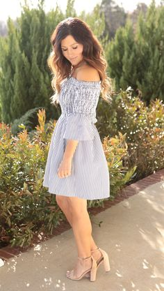 So chic and fabulous! Our Sophie Dress is gray/ivory pinstripe featuring strapless shirred smocking bust with double ruffle sleeves. Flattering fit and perfect with our Aria Heels. Timeless, sophisticated yet so girly and fun! Size Chart: S:0-5 M:6-8 L:10-12 Deidre is 5'3, size 3, wearing a small Block Heels Outfit, Heels Outfits, Double Ruffle, Fun Size, Beautiful Legs, Ruffle Sleeve, Smocking, Size Chart, Curves