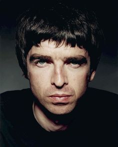 View images and find out more about Oasis, September 2001 at Getty Images. Oasis, Liam And Noel, Noel Gallagher, Britpop, Oldies But Goodies, Wonderwall, Playing Guitar, Rock Bands, My Images