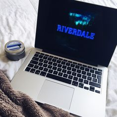 Watching Riverdale Watch Riverdale, Best Movie Lines, Tres Belle Photo, Camp Wedding, Autumn Aesthetic, Netflix And Chill, Photos Tumblr, About Time Movie, Apple Products