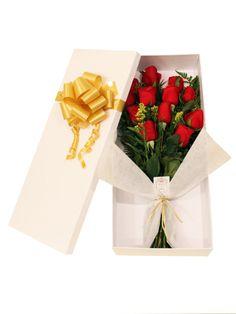Caja con 12 rosas rojas importadas by Colección de Flores (Chocolate Regalo Flower Bouquets)