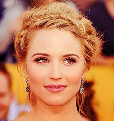 Love Diana Agron and her hair.