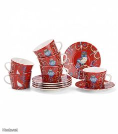 Punainen Iittala Taika -kahviastiasto / Red Iittala Taika coffee set  -Finnish dishware for Christmas