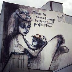 Street Art by Herakut in Frankfurt. #graffiti
