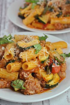 Rigatoni with Turkey Sausage, Tomatoes, and Zucchini Sausage Rigatoni, Turkey Sausage, Pasta Noodles, Food For Thought, Pasta Dishes, Pasta Salad, Tomatoes, Zucchini, Meal Planning
