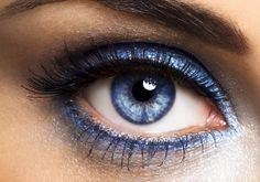 Ez kizárólag kék szín használatával is működik.