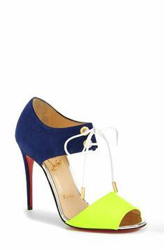 chaussures design contemporain, sandales à talons colorées