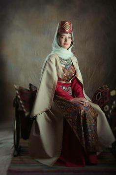 populaire europen europe de lest rfrences vestimentaires la mode armnienne mode folklorique costume de la mode comprend mariage 236 355 - Religion Armenienne Mariage