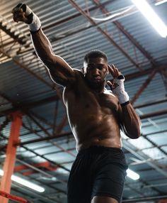 e Myself and Miam'I ? Anthony Joshua Training, Boxing Anthony Joshua, Human Poses, Male Poses, Boxing Training, Boxing Workout, Mma Boxing, Superman, Batman