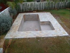 Cheap Way To Build Your Own Swimming Pool Hot tub! Diy Swimming Pool, Natural Swimming Pools, Diy Pool, Natural Pools, Pool Spa, Small Backyard Pools, Small Pools, Outdoor Pool, Build Your Own Pool
