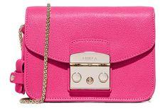 Fall/ Winter 2016-2017 Pink Handbags To Shop: Furla Bag