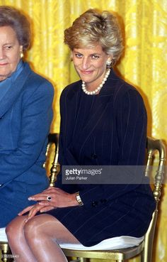 The Princess Of Wales Visits Washington.Hyde Centre Breakfast At The White House, With Hillary Clinton.