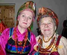 Russian Baba, Grandmother Слева моя мама, справа
