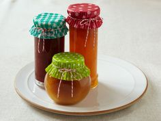 cupcake liners as jam jar toppers with twine