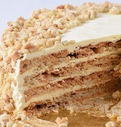 Goldilocks' Sansrival A rich, buttery, and chewy dessert which literally means without rival.A rich, buttery, and chewy dessert which literally means without rival. Asian Desserts, Delicious Desserts, Dessert Recipes, Yummy Food, Cake Recipes, Pinoy Dessert, Filipino Desserts, Filipino Food, Cake