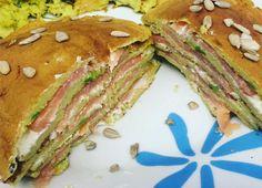 pancake salmone avocado philadelphia con semi di girasole