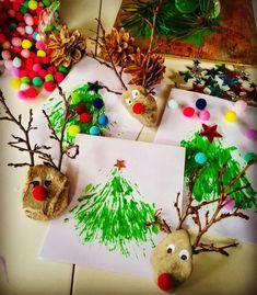 """Páči sa mi to: 8, komentáre: 0 – Zuzana (@spagi.sk) na Instagrame: """"🎄 Pokračujeme vo vianočných prianiach, dnes sme skúsili miesto štetca borovicové vetvičky, ktorými…"""" Christmas Ornaments, Holiday Decor, Instagram, Home Decor, Decoration Home, Room Decor, Christmas Jewelry, Christmas Decorations, Home Interior Design"""