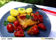 Amur na rajčatech a bílém víně French Toast, Meat, Chicken, Breakfast, Red Peppers, Morning Coffee, Cubs