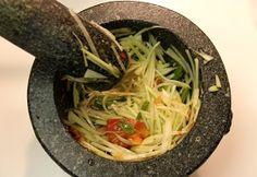Scientifically Sweet: Thai Green Papaya Salad