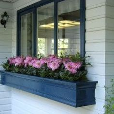 Hubbie...?  This would be ADORABLE on our house!!