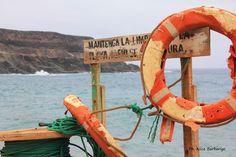 Siamo a Fuerteventura, molto vicino a Tefìa, e quello di cui sto per parlare è uno di quei luoghi in cui si capita per caso, ci si imbatte in strade e stradine (molto spesso ci si perde..) e voilà!…
