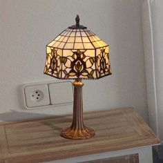 Lámpara de sobremesa Hexa Tiffany