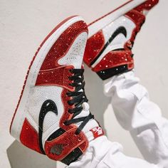 All Nike Shoes, Dr Shoes, Nike Shoes Air Force, Hype Shoes, Me Too Shoes, Jordan Shoes Girls, Girls Shoes, Jordan Outfits, Cute Sneakers