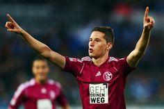 They have actual angelic cherub hunk Julian Draxler. | 54 Reasons The German World Cup Team Might Actually Be The Hottest World Cup Team