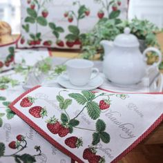 Sander Gobelin Tischsets STRAWBERRY