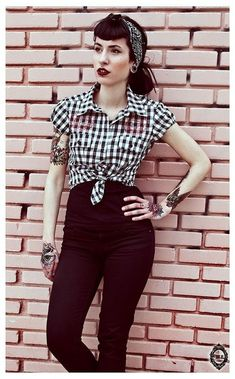 Rockabilly style, outfits, pin up outfits, rockabilly fashion Rockabilly Outfits, Looks Rockabilly, Rockabilly Mode, 50s Outfits, Pin Up Outfits, Rockabilly Fashion, 1950s Fashion, Vintage Fashion, Fashion Outfits