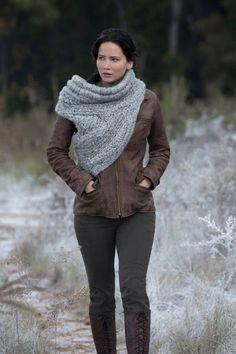 katniss everdeen catching fire scarf | Hunger Games Catching Fire Pics – Jennifer Lawrence, Liam Hemsworth ...