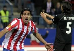 Atlético thrash Valencia 4-2 !
