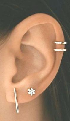 14 Cute and Beautiful Ear Piercing Ideas For Women - Biseyre Trending Ear Piercing ideas for women. Ear Piercing Ideas and Piercing Unique Ear. Ear piercings can make you look totally different from the rest. Tiny Stud Earrings, Bar Earrings, Cartilage Earrings, Unique Earrings, Flower Earrings, Crystal Earrings, Crystal Jewelry, Helix Earrings, 2nd Ear Piercing