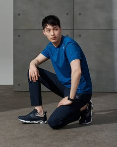 Image may contain: 1 person, shoes Korean Male Actors, Korean Celebrities, Korean Men, Asian Men, Asian Guys, Le Male, Sport Photography, Actor Model, Cute Guys