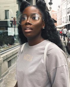Oh my Lord she is beautiful Natural Hair Twist Out, Natural Hair Styles, Black Girls Rock, Black Girl Magic, Chloe Kitembo, Dark Skin Beauty, Hair Beauty, Black Beauty, Selfie Foto
